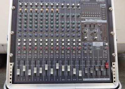 mixer yamaha emx 5016